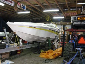2001 Sonic USA 358 Speed Boat